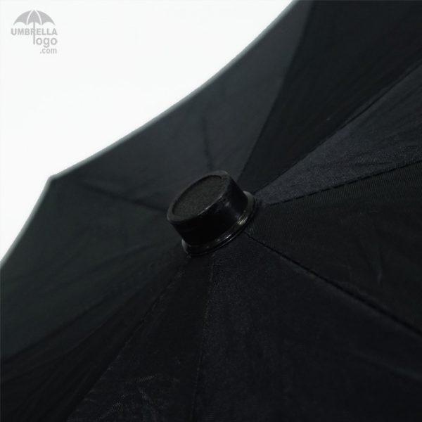 ร่มพับสีดำ